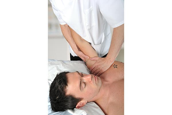 IMAGE - Shoulder treatment