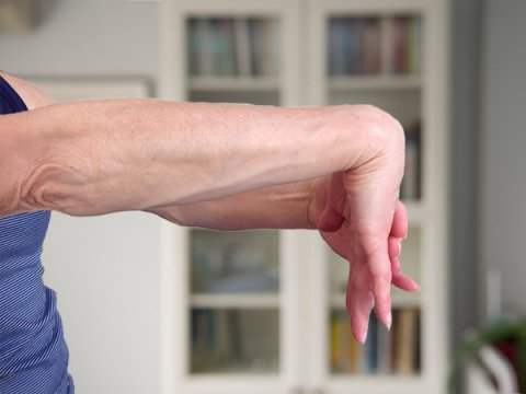IMAGE - Wrist stretch