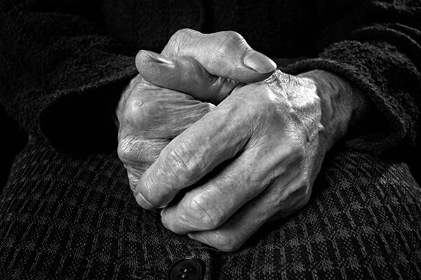 IMAGE - old lady's hands